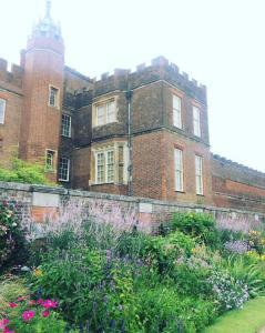 Hampton Court Palace Gardens 2
